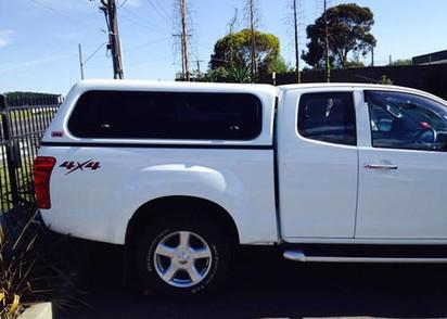 Touring Hardtop für Isuzu D-Max 06/12-> X-Cab flach seitliche Klappfenster